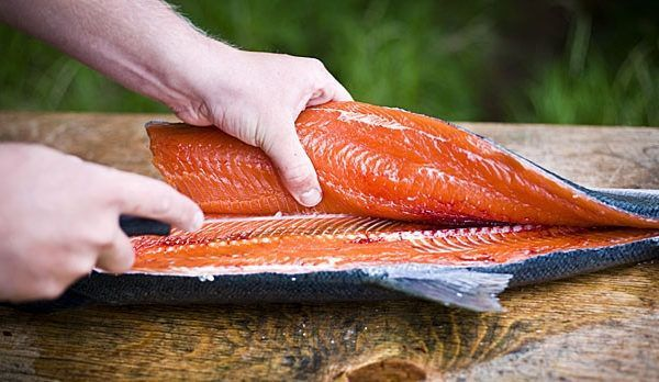 How To Fillet a Fish: With Video